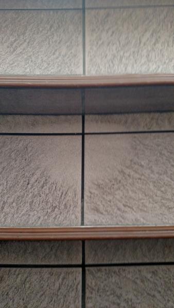 Clean-Vinyl-Tile.jpg