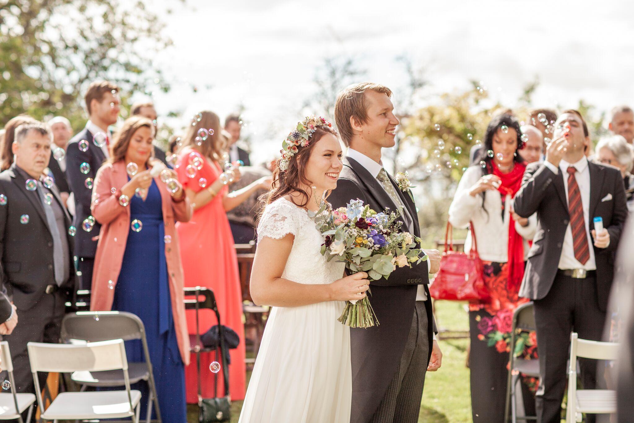 Ooog fortsatte med bryllup i helgene