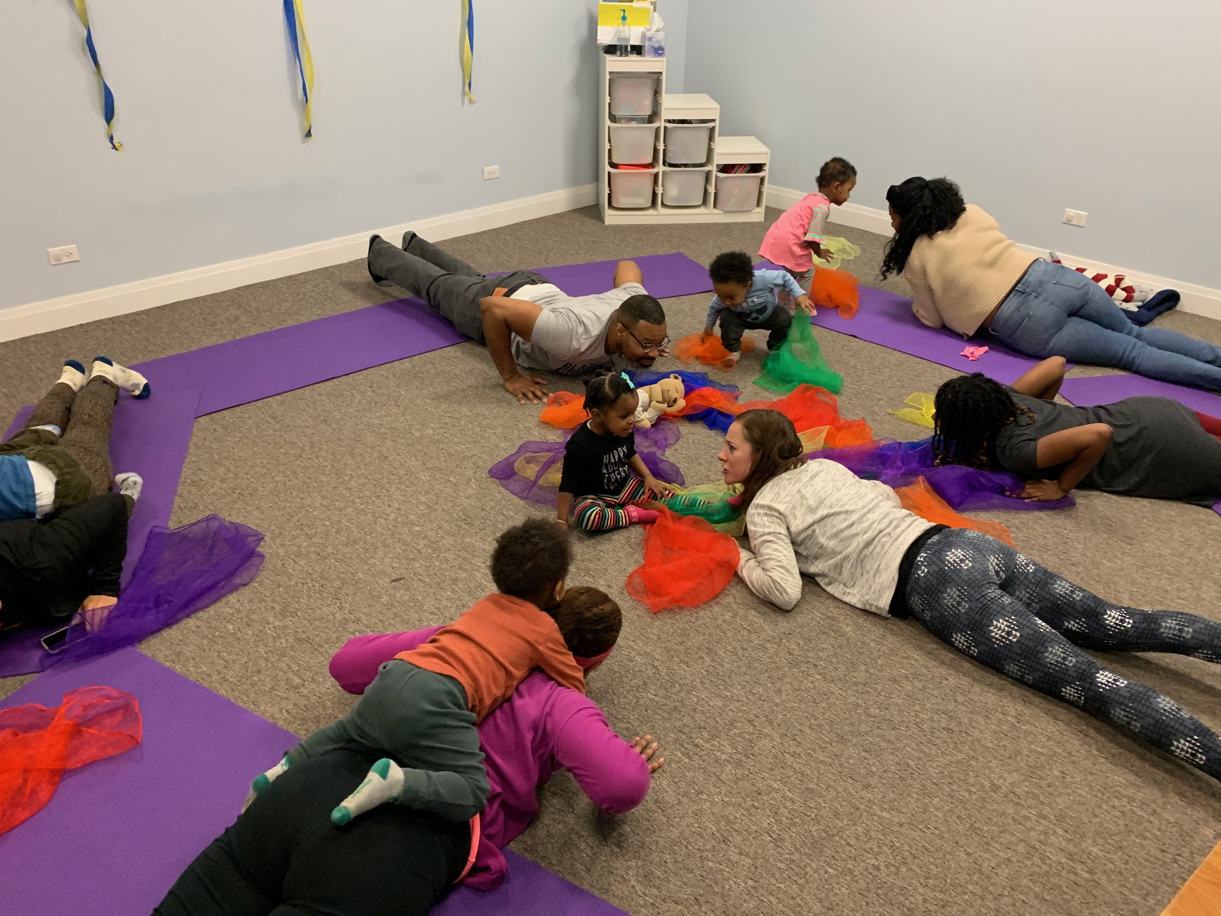 Baby Brain Boost - Ages: Crawlers - 3 yearsWednesdays (9/11-10/16)10:30-11:45 AMLocation: Comprehensive Learning Services (Hyde Park)