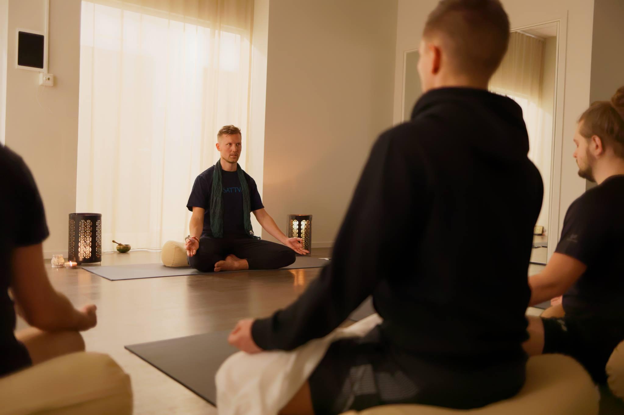 Meditationskurs2.jpg