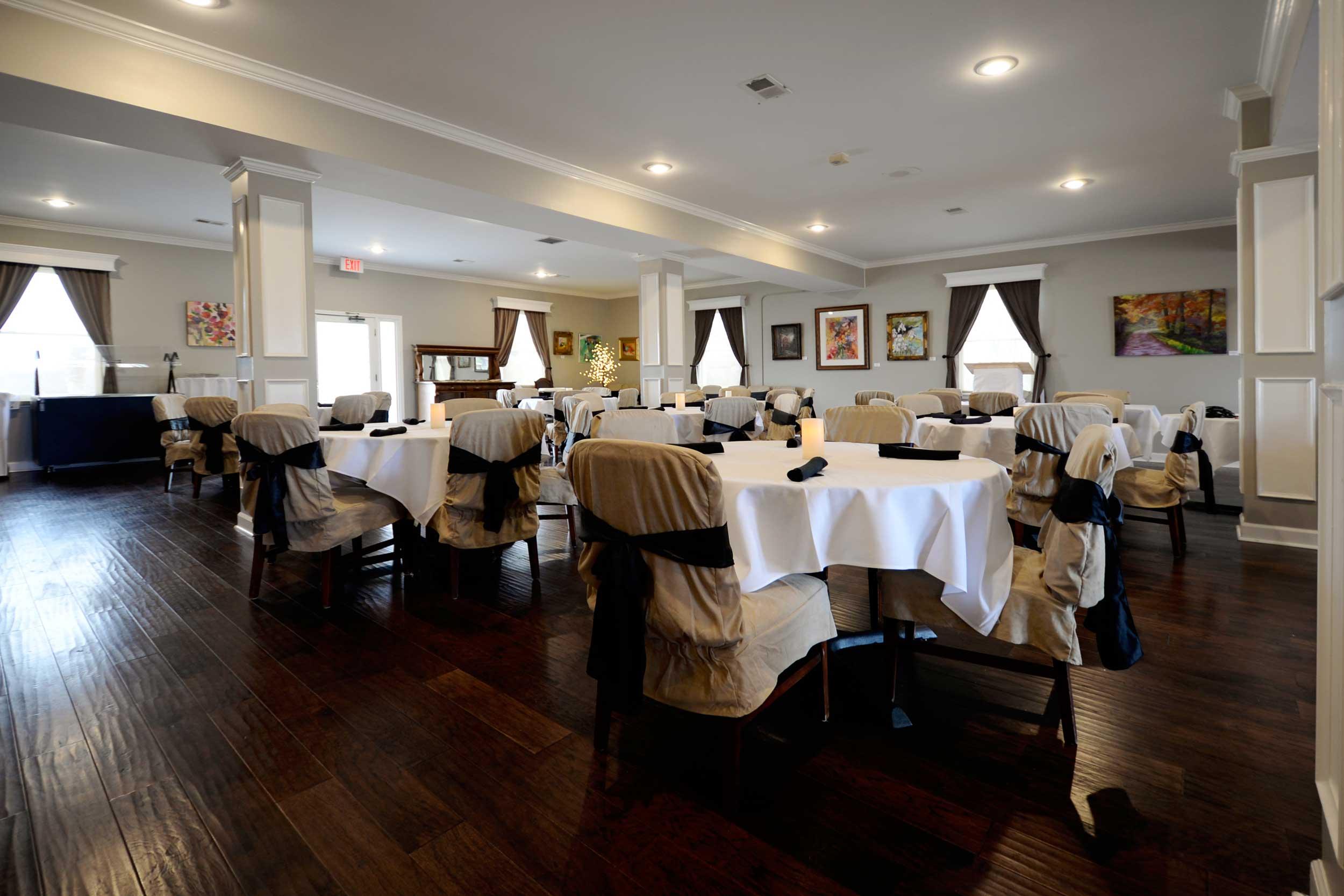 use-dining-room.jpg