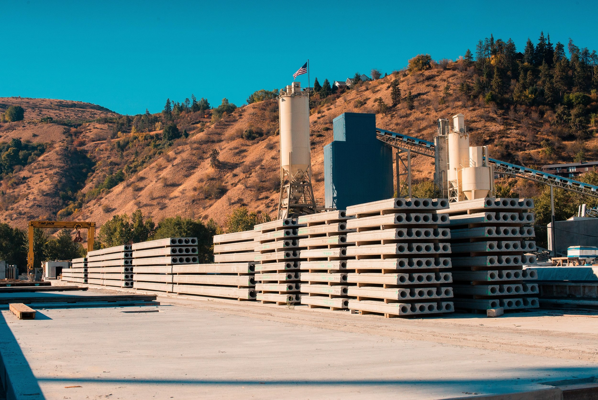 Precast Solutions - Precast/prestress concrete brings design flexibility, delivers a longer lasting structure, and shaves time off of the project schedule.