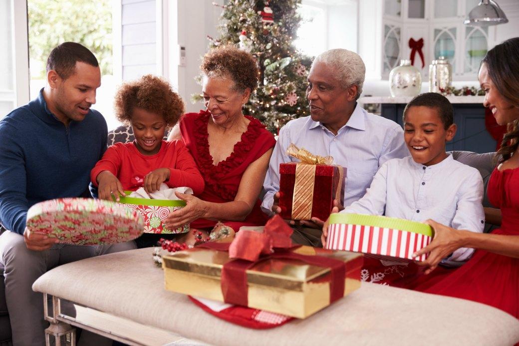 senior-care-during-holidays.jpg