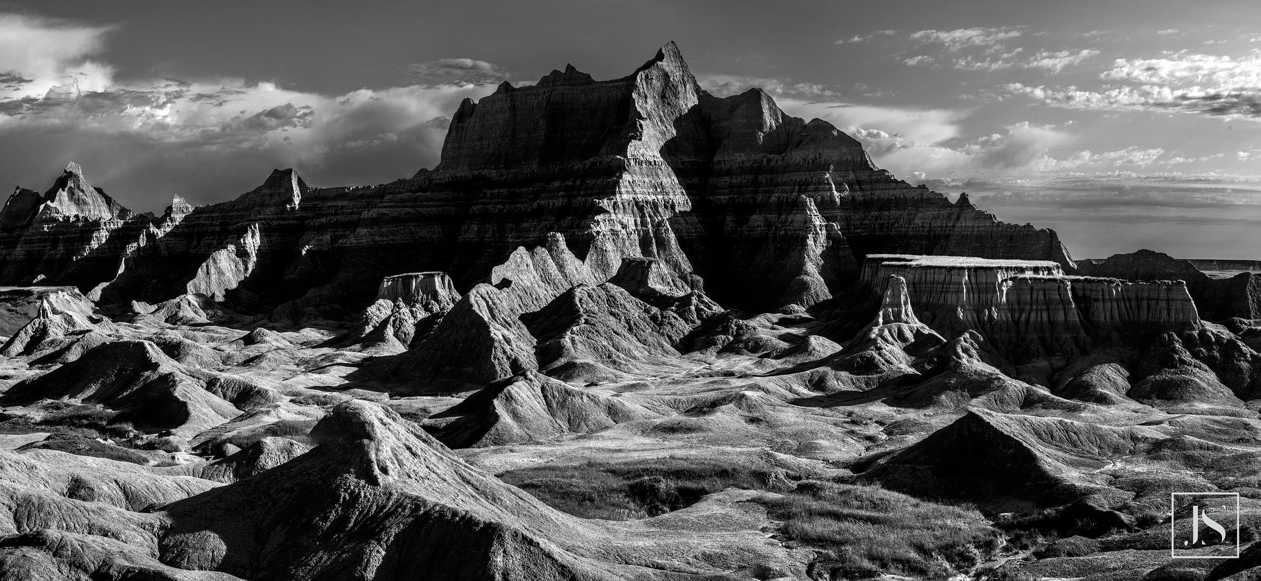 Bigfoot Pass-Badlands South Dakota