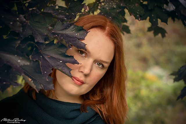 Autumn Colours with @hannahvinberg @hcvphotography ----- Nikon D7500 Nikkor 50mm ----- #nikonphotography #nikonphotographer #girl #model #redhair #cute #beautiful #autumn #adobelightroom #adobephotoshop #instagood #photohunted #portrait