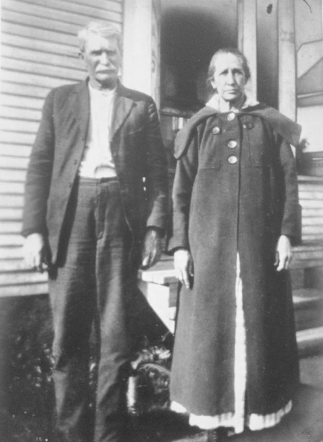 - Jo's many times maternal great grandparents on their family farm in Illinois during the 1800's. Obviously snapping selfies was a lot different back then... had they only known then that this photo would be on the internet someday.