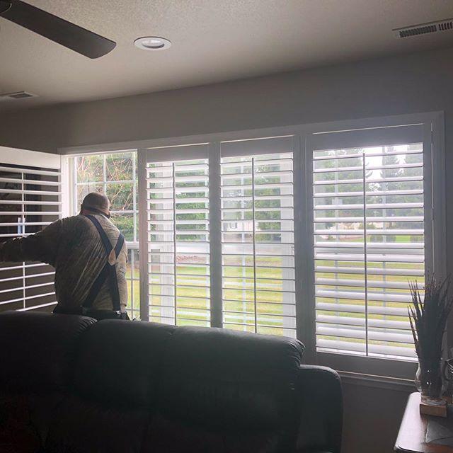 Shutter install day!  These are the Palm Beach Poly Satin shutters by Hunter Douglas!  Never warp, never peel, never shrink, soooo reasonably priced! Can be ordered and installed within 7-10 days!!#madeintheusa #classicblinds&design #yubacityinteriordesigner #plantationshutters #lovemyjob #hunterdouglas