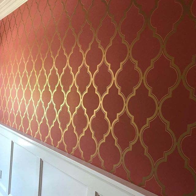 Wallpaper!  More and more I am getting requests from my clients wanting wallpaper and COLOR! This dining room is beautiful and vibrant! This remodel is turning out beautiful , more pics to come....New Kitchen, new entry, new flooring, new bathroom#classicblindsanddesign #lovemyjob