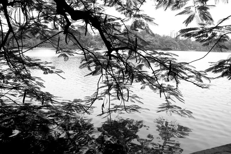 hoan kiem lake - vietnam