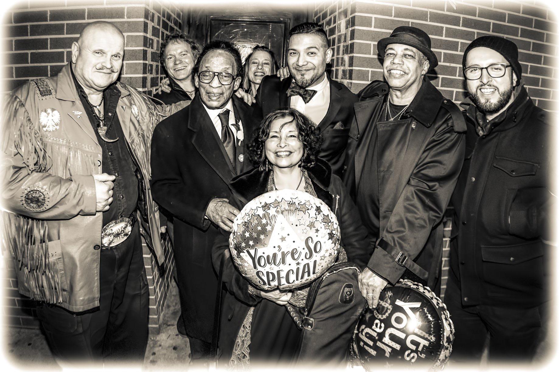 w/ Big Al, Pat Mallinger, George Freeman, Jill Skintges, Rosa Branch, Billy Branch and Juan Pastor