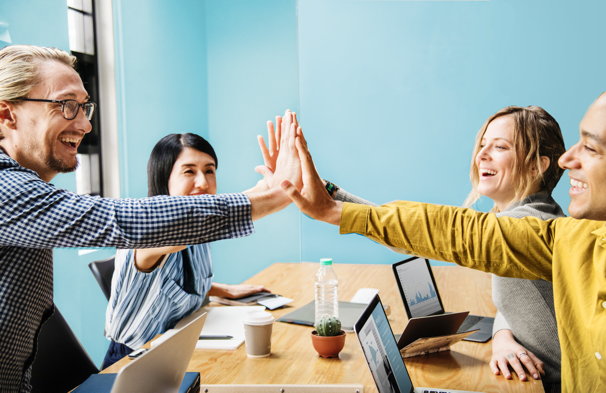 According to the recent Gallup Analytics State of the Global Workplace report, 69% of employees in Canada and the US are not engaged or actively disengaged at work.Gallup Analytics finds that 70% of the variance in team-level engagement is based on the manager. People leave managers, not companies. Managers need to learn to become coaches. -