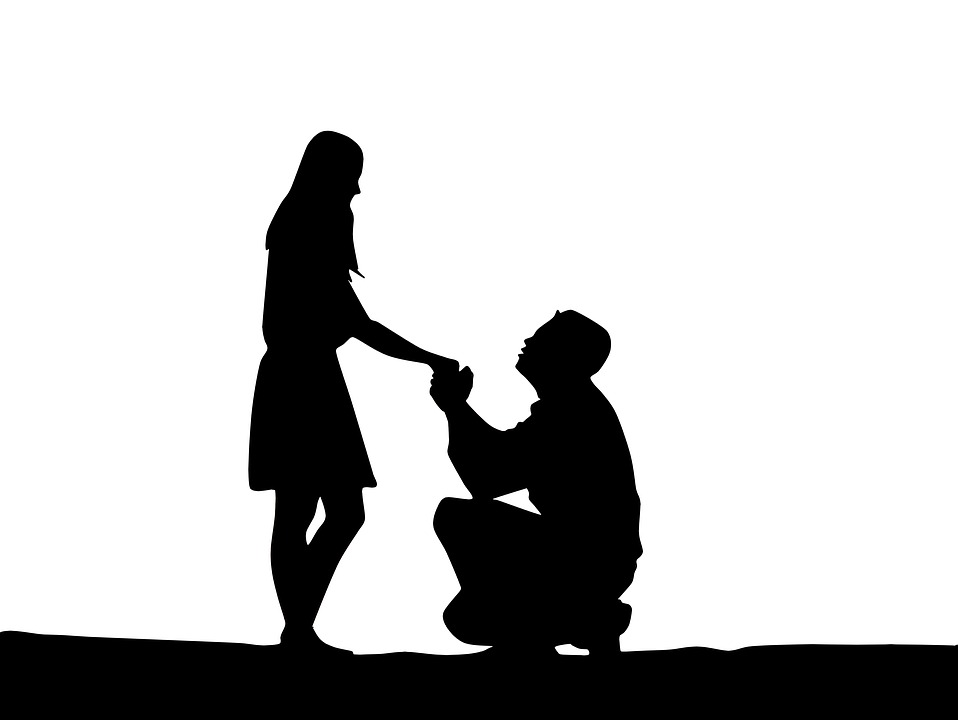 proposal-of-marriage-1724676_960_720.jpg