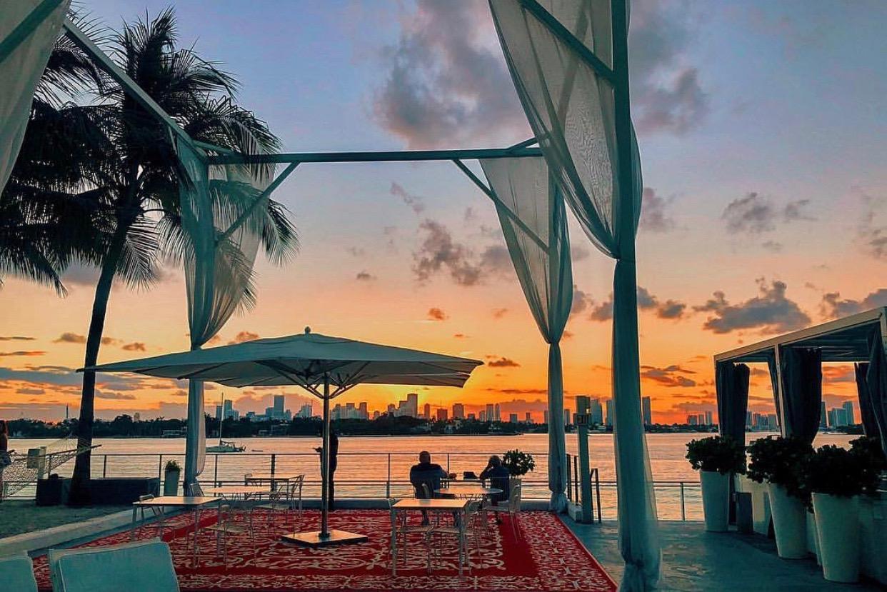 Miami-skyline-travel-agent.jpeg