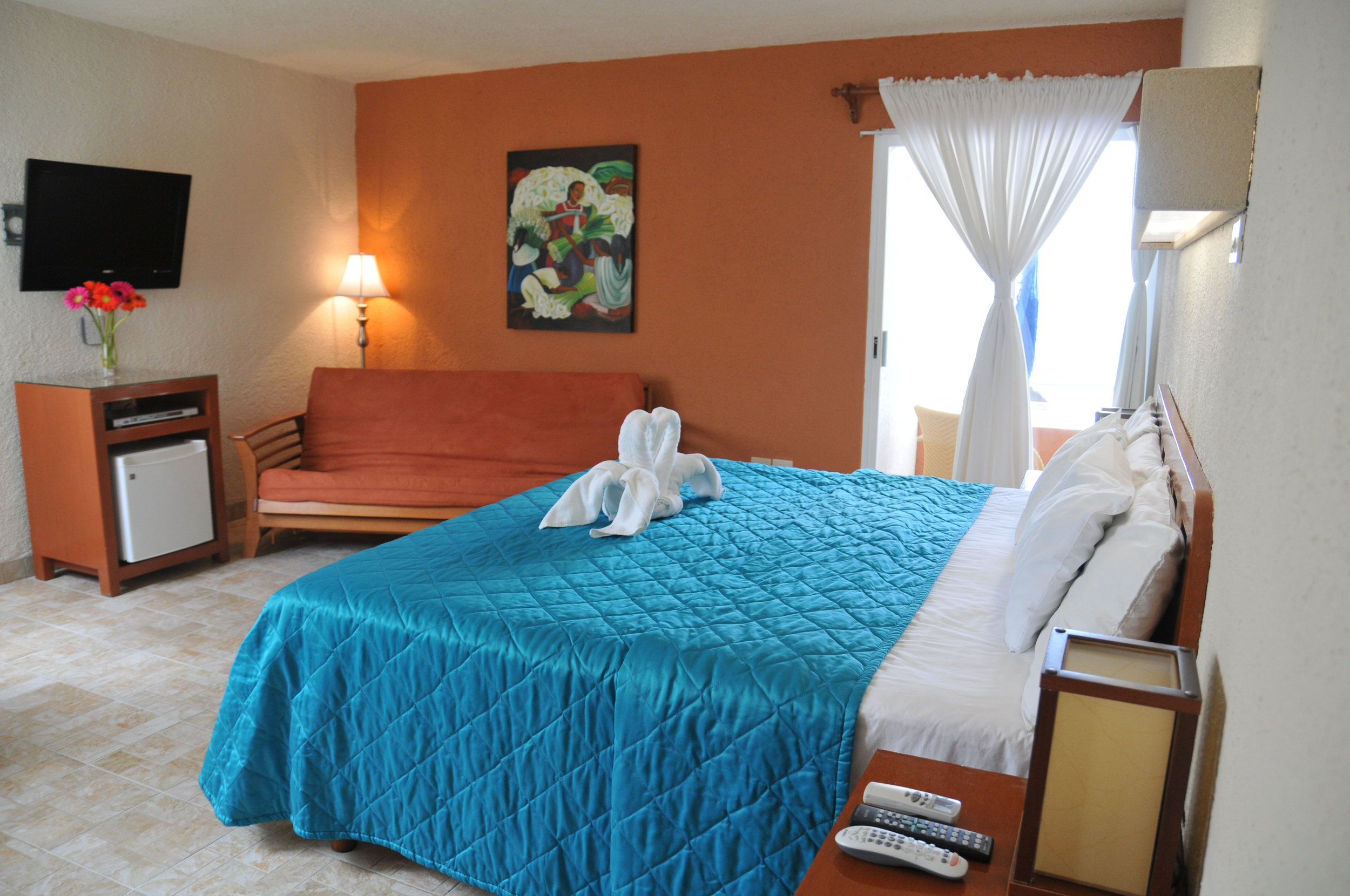 Family Suite: 2 connecting rooms, balcony, ocean view