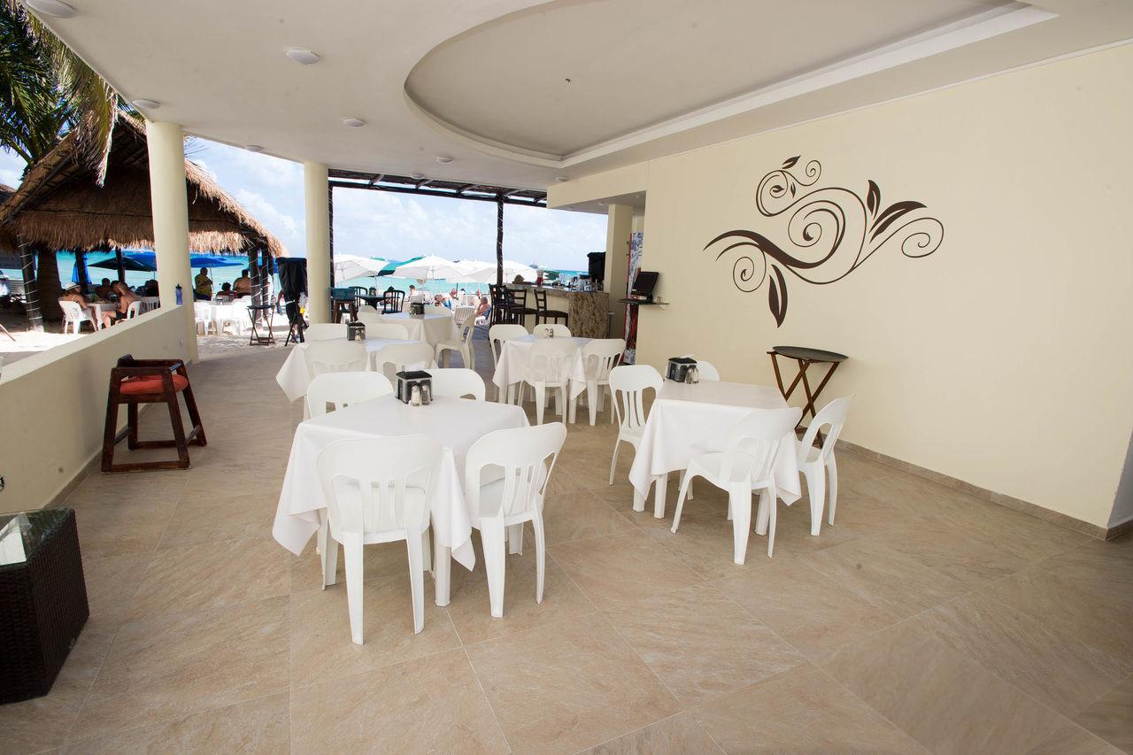 Interior Restaurant / Bar