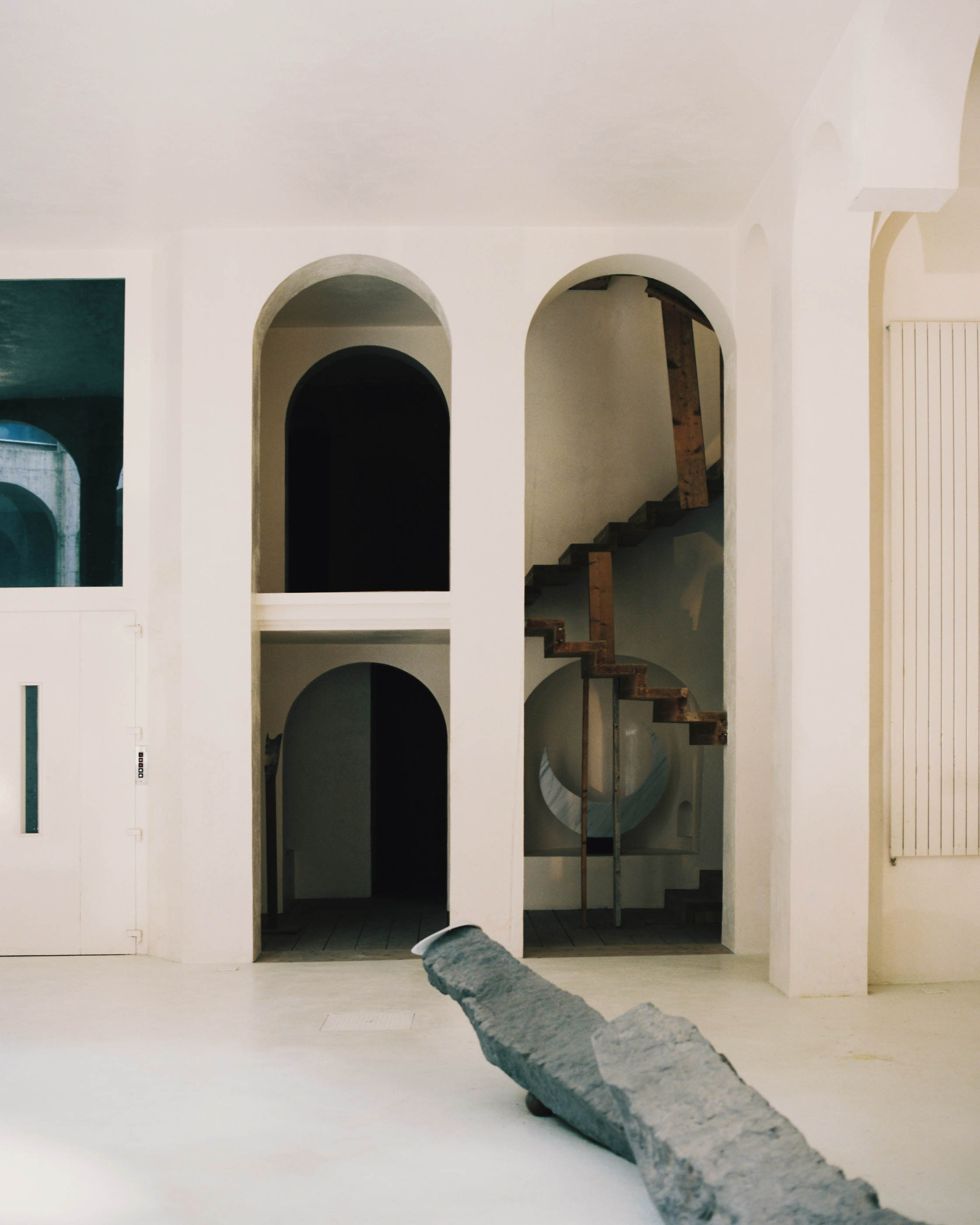 salva-lopez-editorial-wsj-xavier-corbero-house-46.jpg