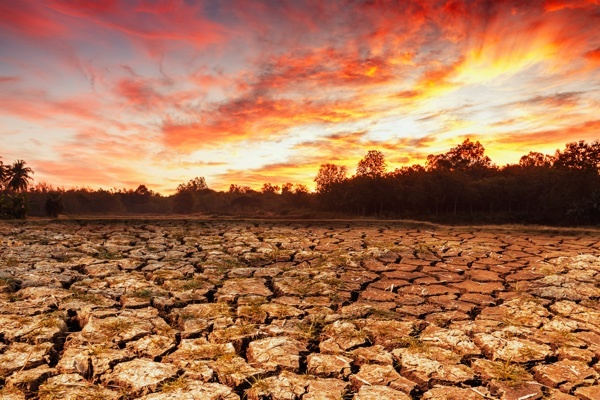 drought_dry_riverbed_sunset.jpg