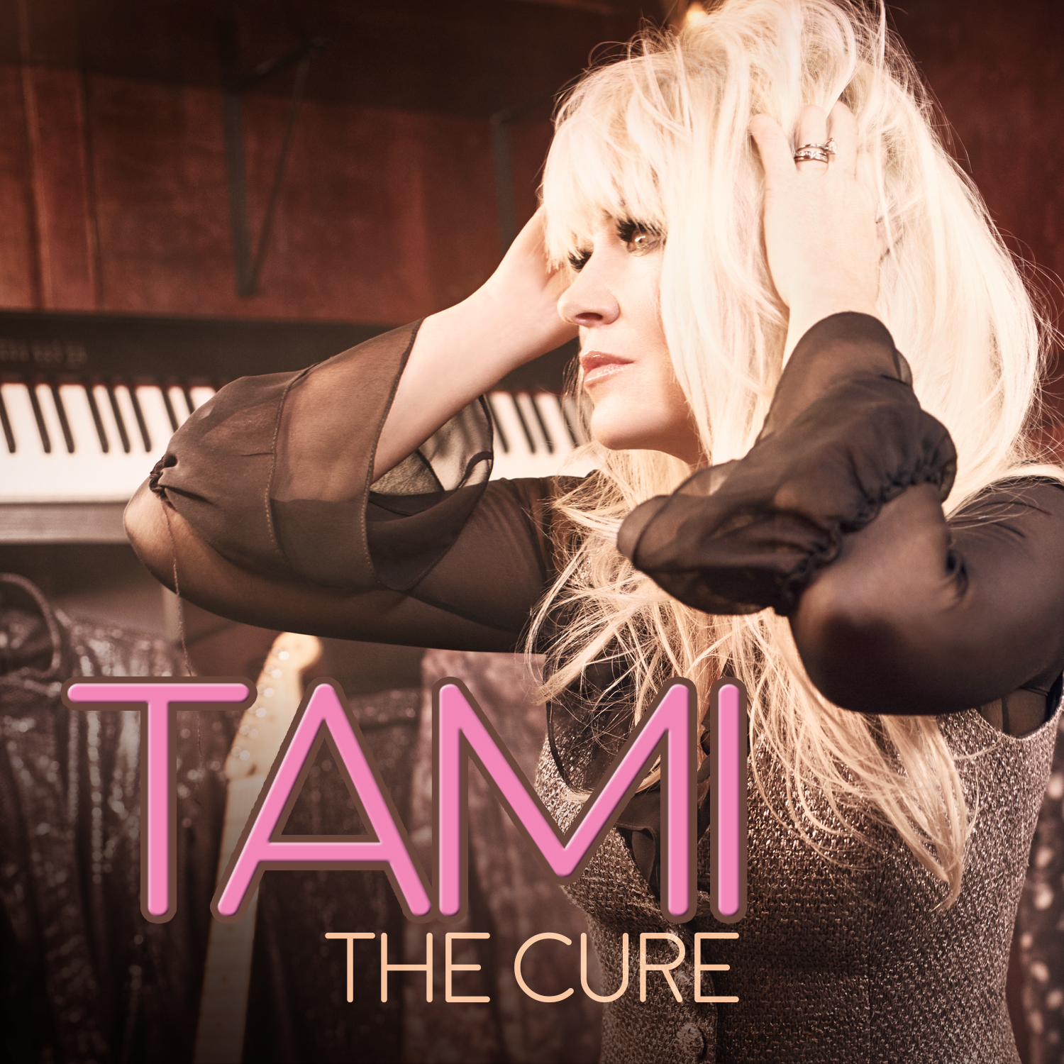 Tami_THECURE_08.jpg