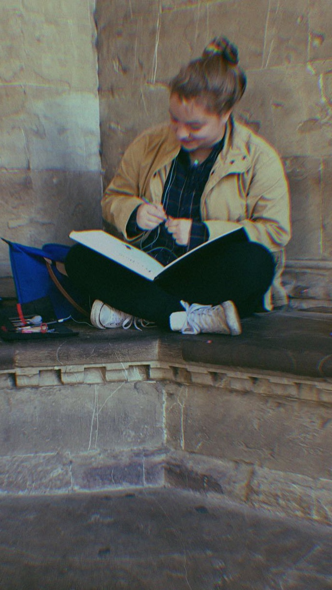 Rothman sketching in the Loggia dei Lanzi in Florence, Italy - Fall 2017