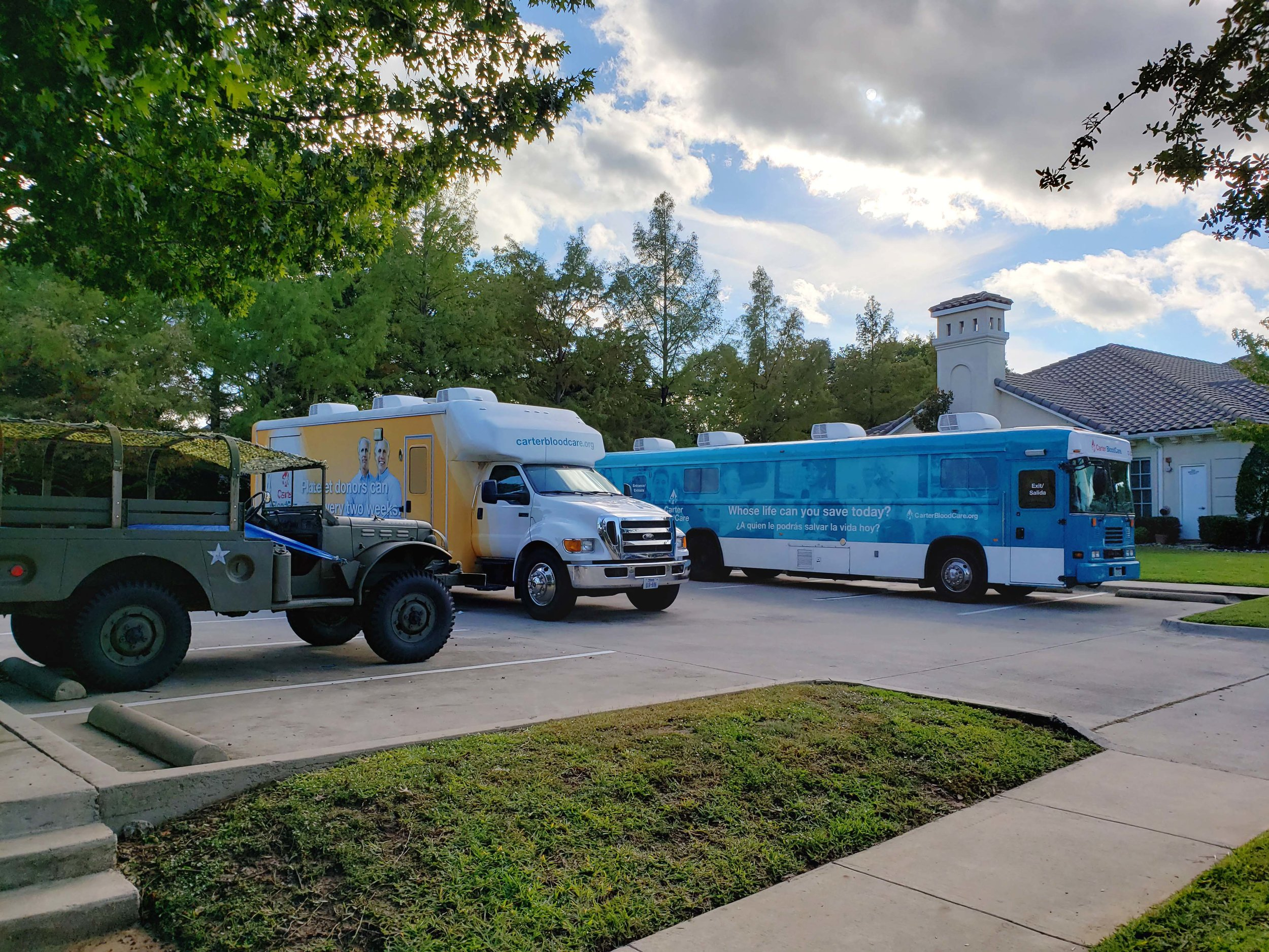 GiveBack-Blood-Drive-Carter-BloodCare-Buses.jpg