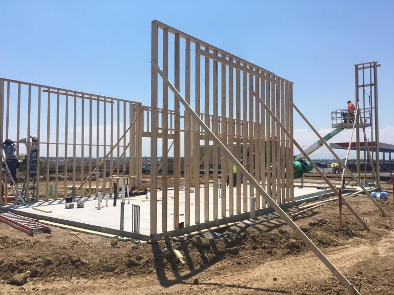 Quincy - construction 04.JPG