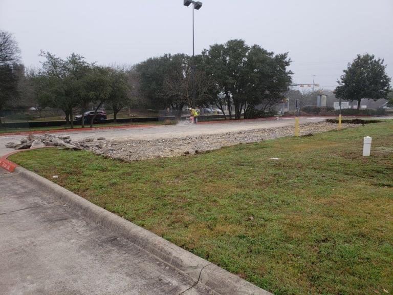 Verdad Construction - 7 Eleven - TX Austin Slaughter 01.jpg