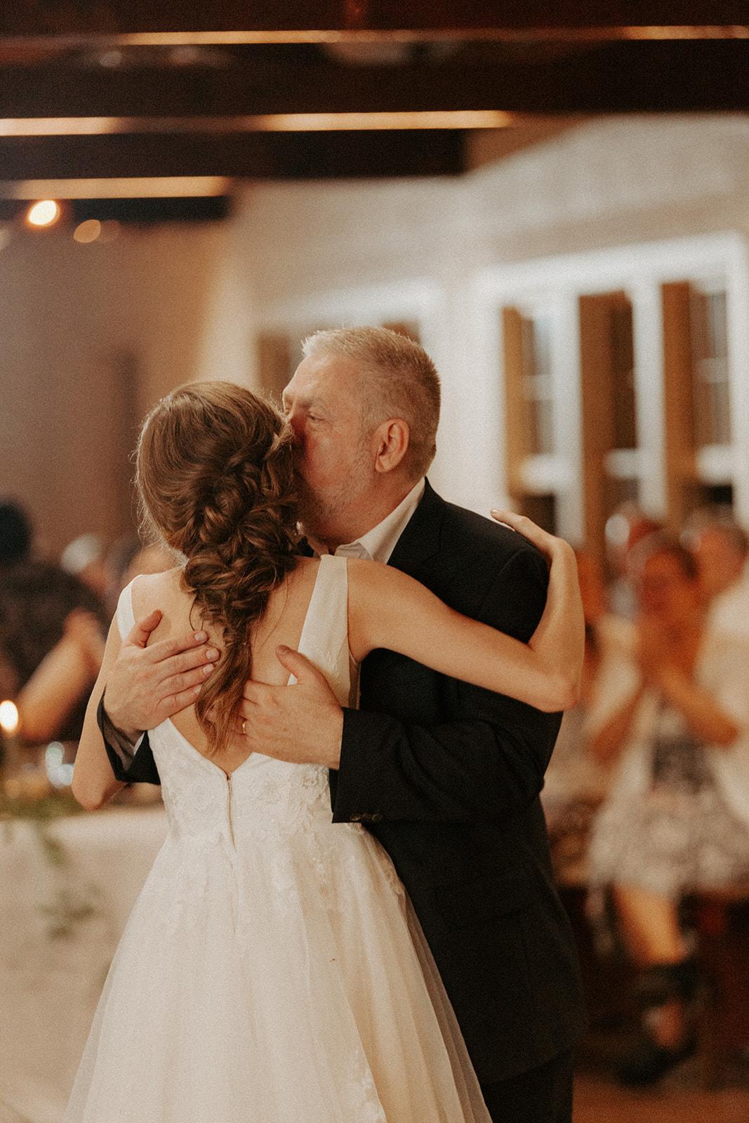 camp_wokanda_peoria_illinois_wedding_photographer_wright_photographs_bliese_0979.jpg