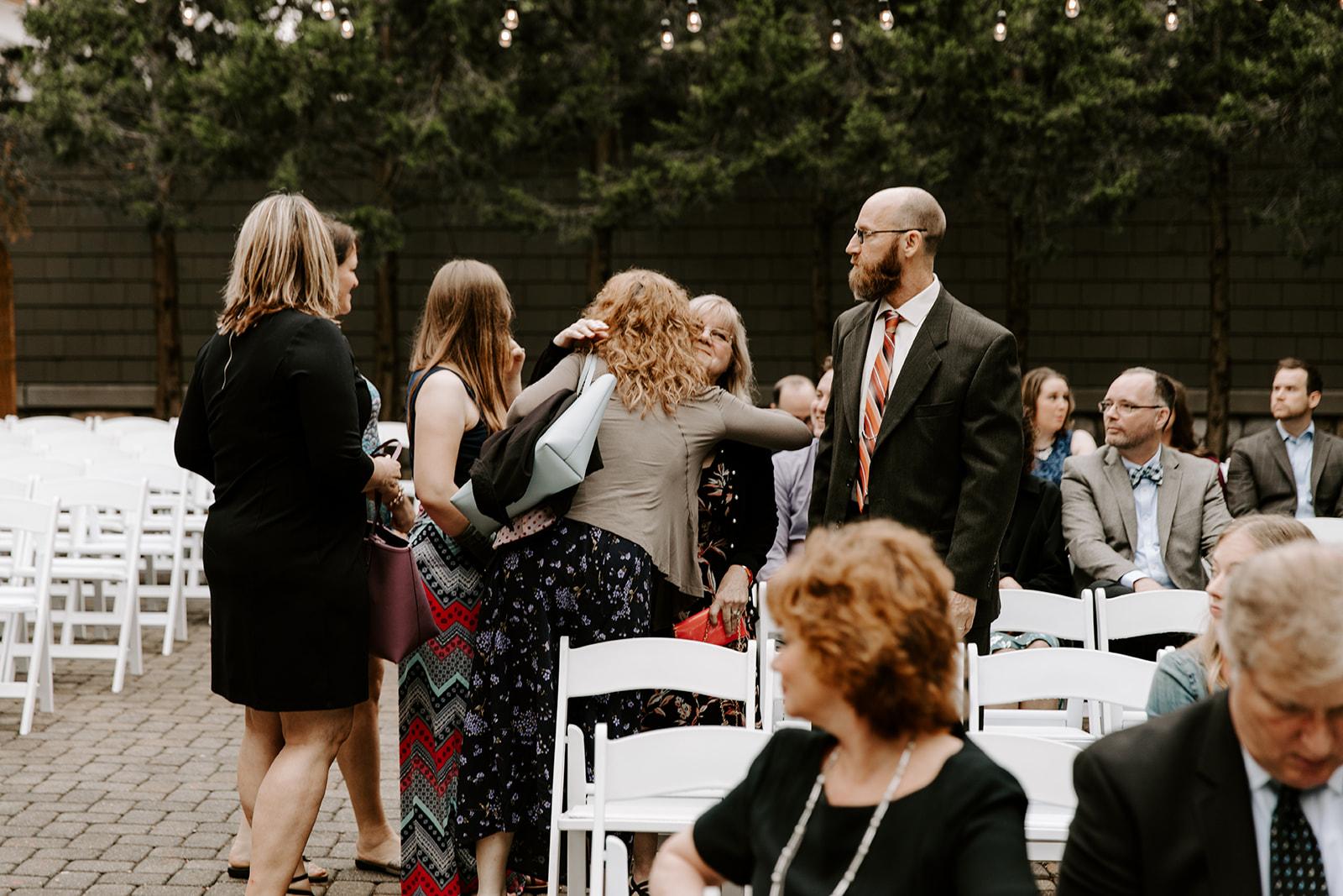 2019-06-01-00-Lindsey+Mat-06_Ceremony-meandhimphoto-0006-T5D18335.jpg