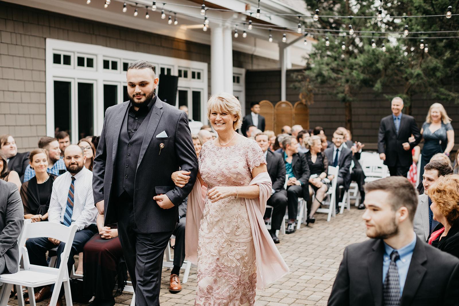 2019-06-01-00-Lindsey+Mat-06_Ceremony-meandhimphoto-0016-T5D27455.jpg
