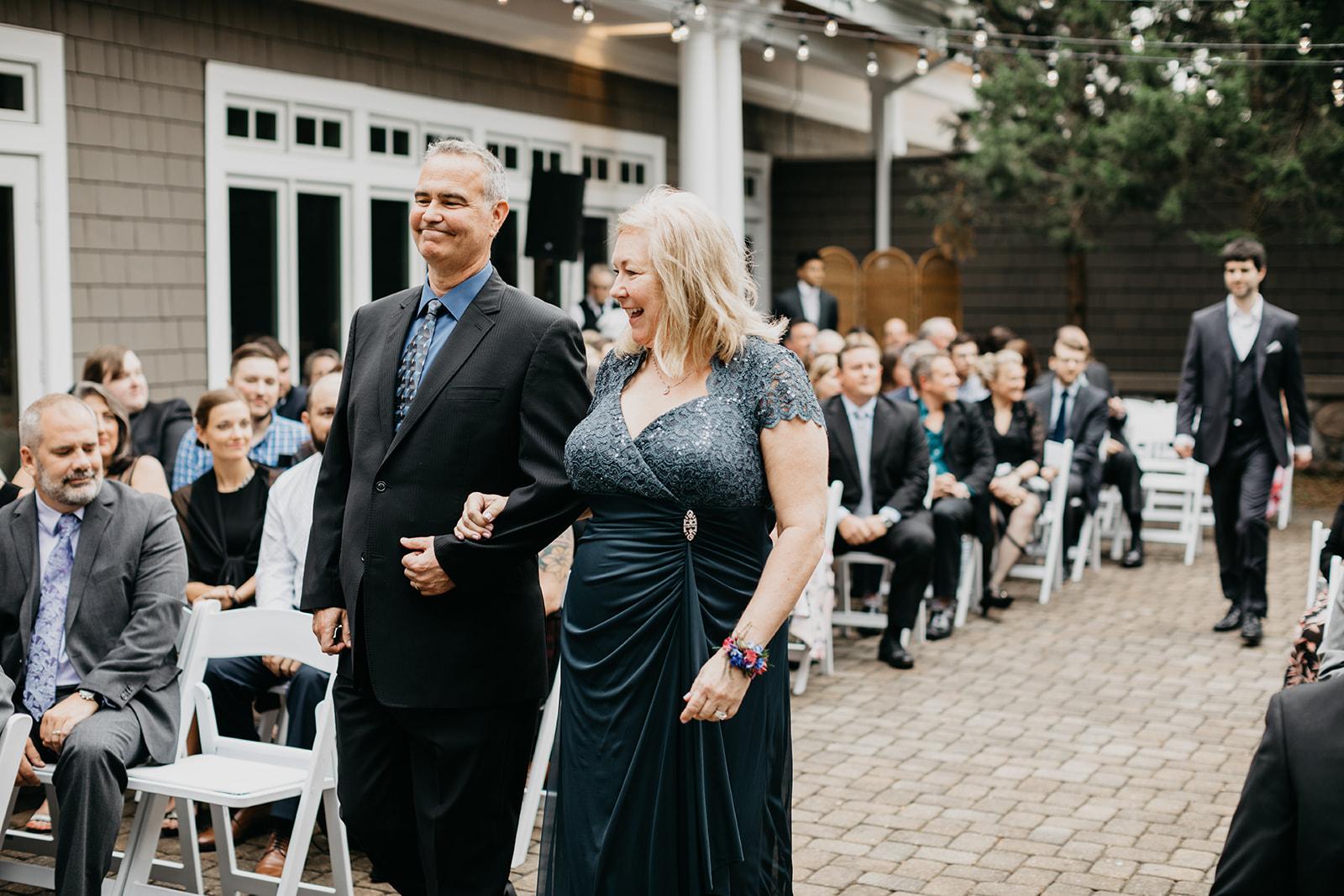 2019-06-01-00-Lindsey+Mat-06_Ceremony-meandhimphoto-0018-T5D27457.jpg