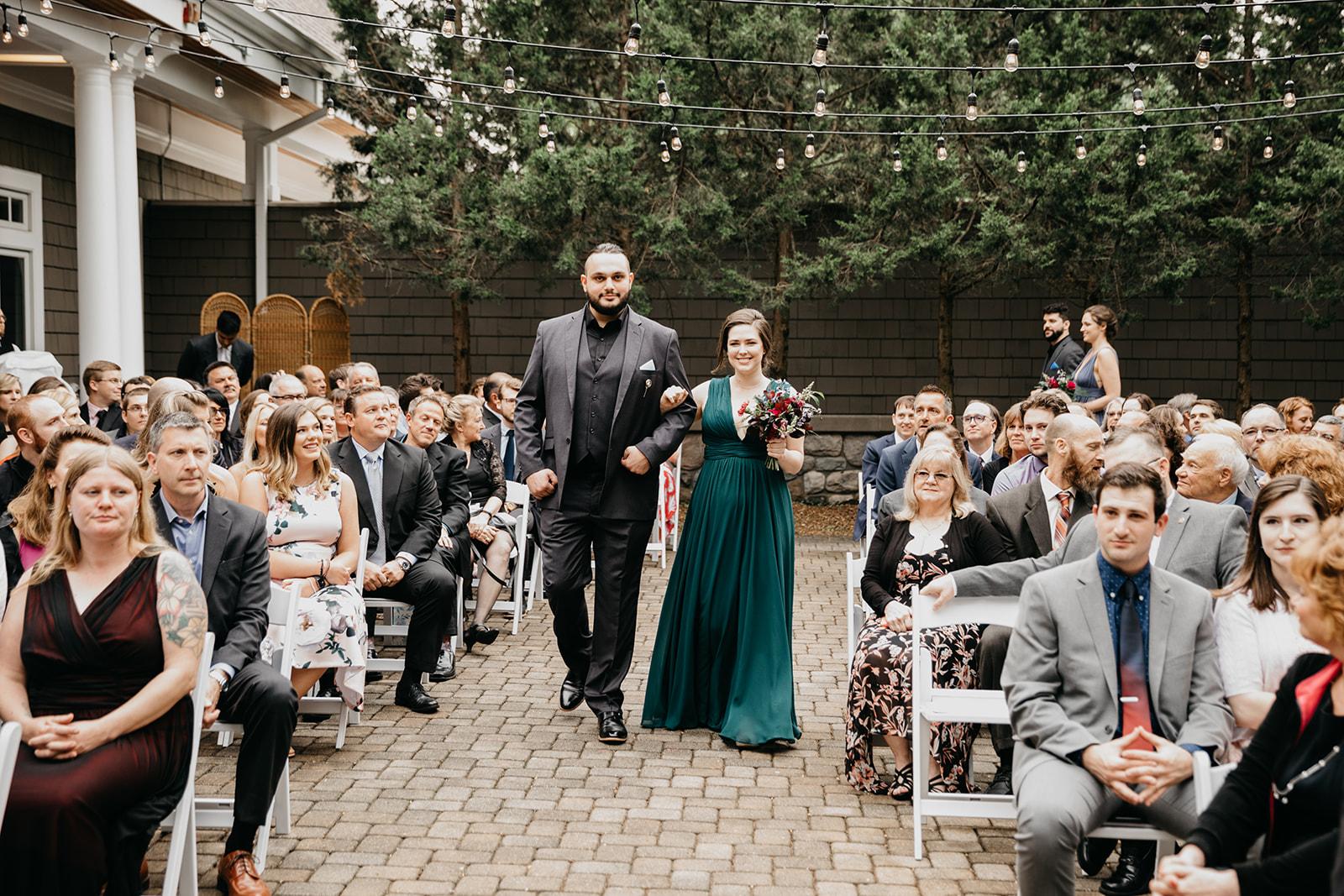 2019-06-01-00-Lindsey+Mat-06_Ceremony-meandhimphoto-0022-T5D18369.jpg