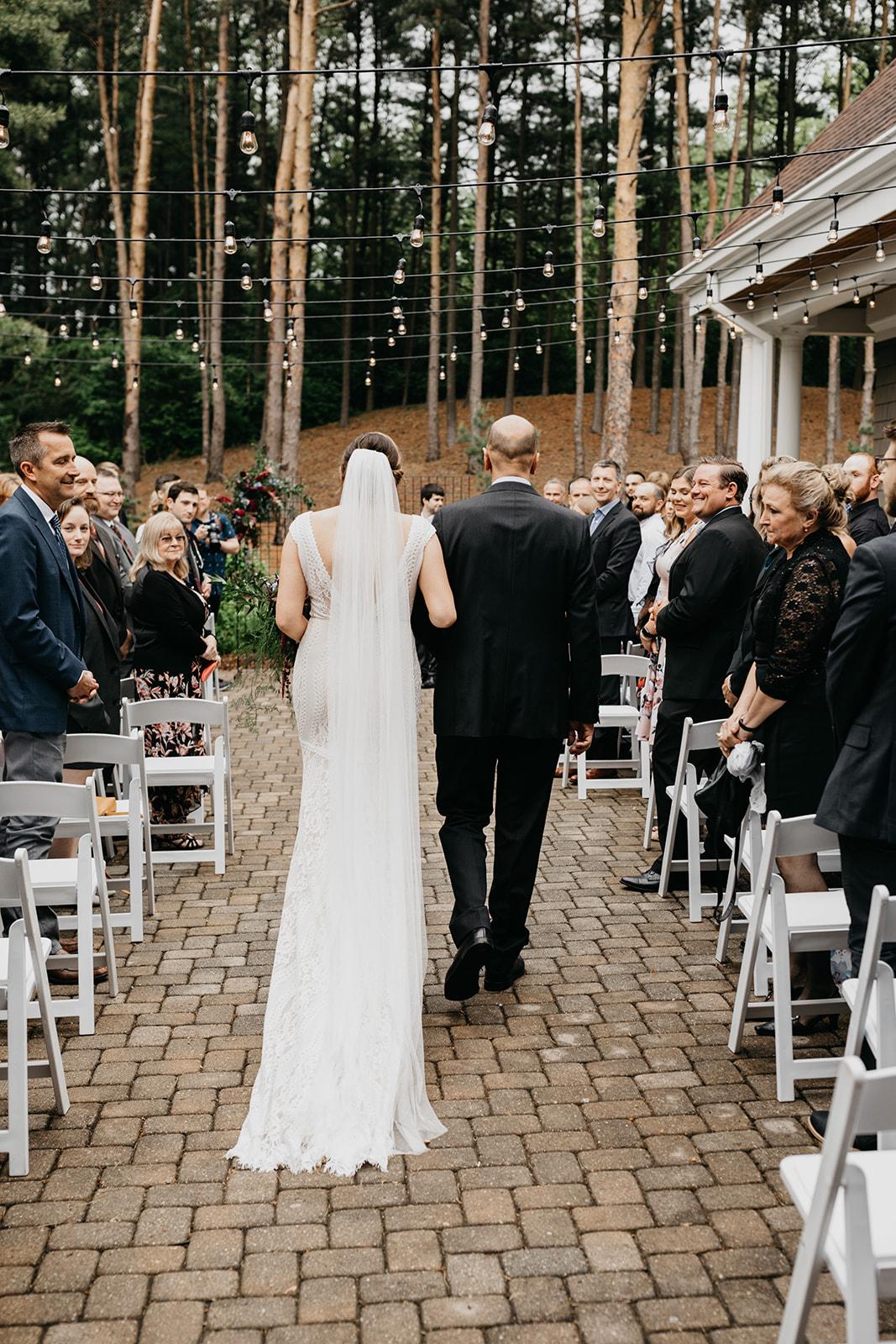 2019-06-01-00-Lindsey+Mat-06_Ceremony-meandhimphoto-0031-K5D44630.jpg