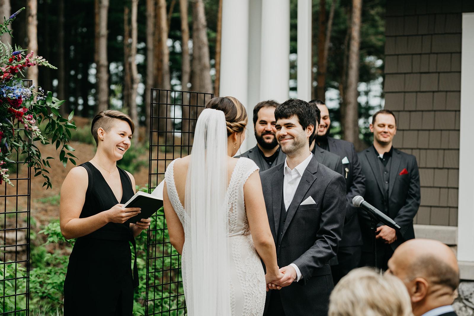 2019-06-01-00-Lindsey+Mat-06_Ceremony-meandhimphoto-0054-K5D33226.jpg