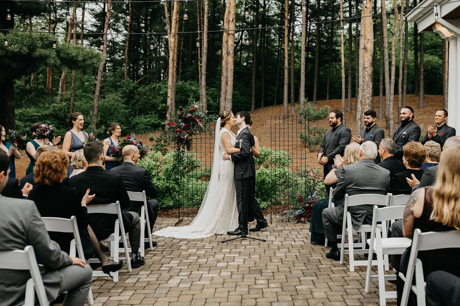 2019-06-01-00-Lindsey+Mat-06_Ceremony-meandhimphoto-0067-K5D44657-Edit.jpg