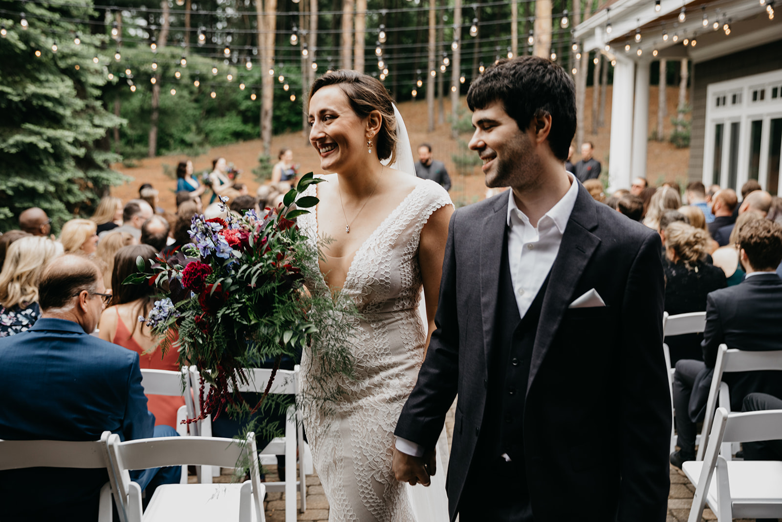 2019-06-01-00-Lindsey+Mat-06_Ceremony-meandhimphoto-0079-T5D18481.jpg