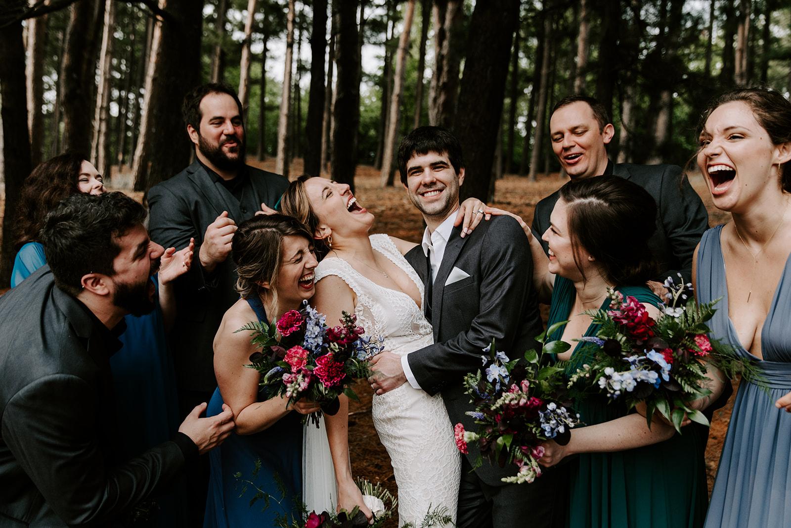 2019-06-01-00-Lindsey+Mat-05_Wedding_Party-meandhimphoto-0074-T5D18688.jpg