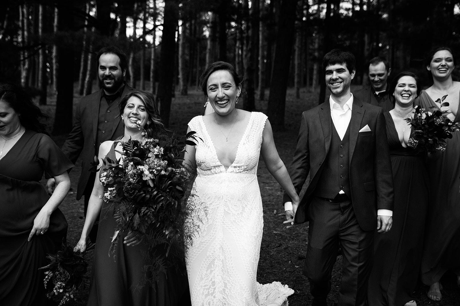 2019-06-01-00-Lindsey+Mat-05_Wedding_Party-meandhimphoto-0086-T5D18719.jpg