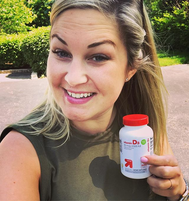 Vitamin D and your Fertility ☀️ Did you know Vitamin D, or the sunshine vitamin, is linked to your fertility? Adequate Vitamin D levels are essential for those that are trying to conceive, as it can improve reproductive health in both women AND men. ☀️ Recent studies show that women with Vitamin D levels over 30 ng/ml not only had more regular menstrual cycles, but also had a higher live birth rate than those with levels below optimal. Men supplementing with Vitamin D also showed improvement in their sperm quality.  ☀️ The greatest source of Vitamin D is natural sunlight, but if you are a lucky Chicagoan like me, you may not achieve optimal levels with the dark winters. It is important to see what your Vitamin D levels are as part of your fertility work-up.  ☀️ Pro-tip! If your levels are low, and you need to supplement with an over-the-counter option, it is important to note that not all supplements are created equal. Vitamins and supplements do NOT need to be regulated, and are often found to have filler ingredients. I often steer clear of grocery store brands (like the one in this photo), and opt for a physician grade supplement.  ☀️ Double tap if you plan to soak in some Vitamin D this weekend! ☀️ #ttc #ttchicago #ttccommunity #infertilityawareness #infertilitywarrior #pcos #endometriosis #ivfcommunity #ivfsupport #integrativemedicine #vitamind #foodsthatheal #westloopisthebestloop #chicago