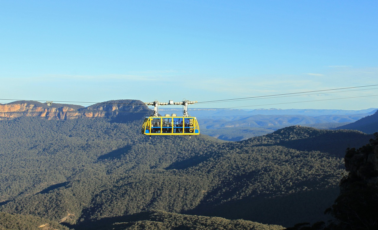 Scenic World glass-bottomed Skyway experience overlooking the Jamison Valley at Katoomba in the Blue Mountains Image credit: barni1,  Pixabay