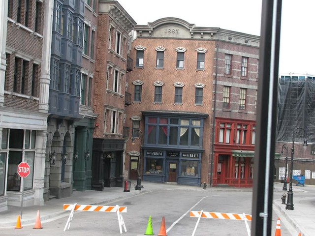 New York Street, Universal Studios. Image credit:   Steven Darmon  , Flickr.com - Under Creative Commons