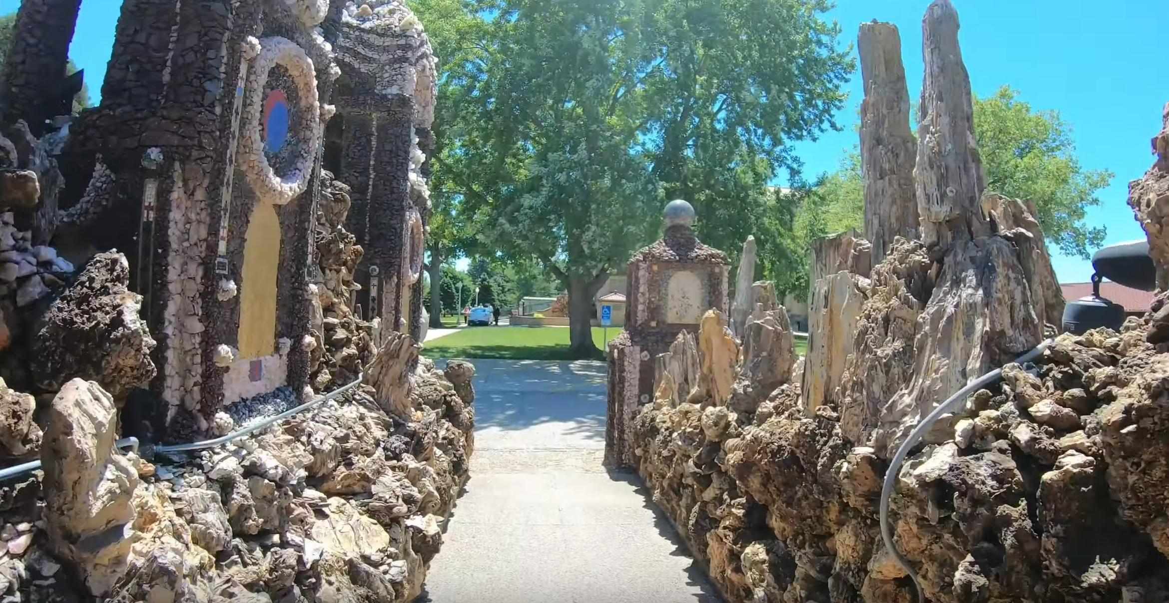 Grotto of the Redemption in Iowa