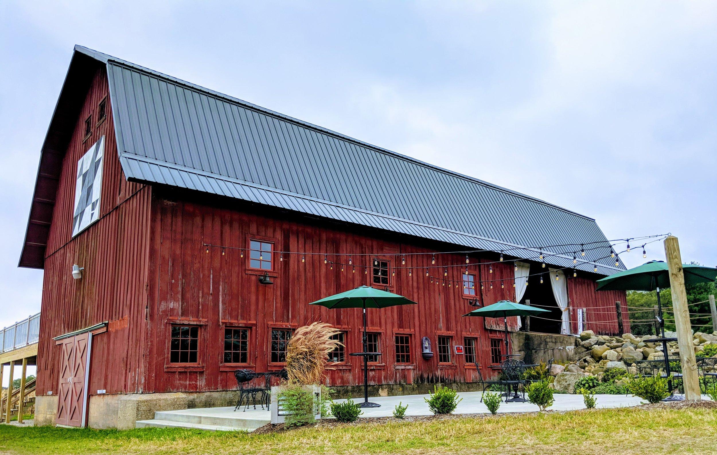 The Barn at Back Acres Farm - Southeastern Wisconsin Wedding Venue - Outdoor Patio