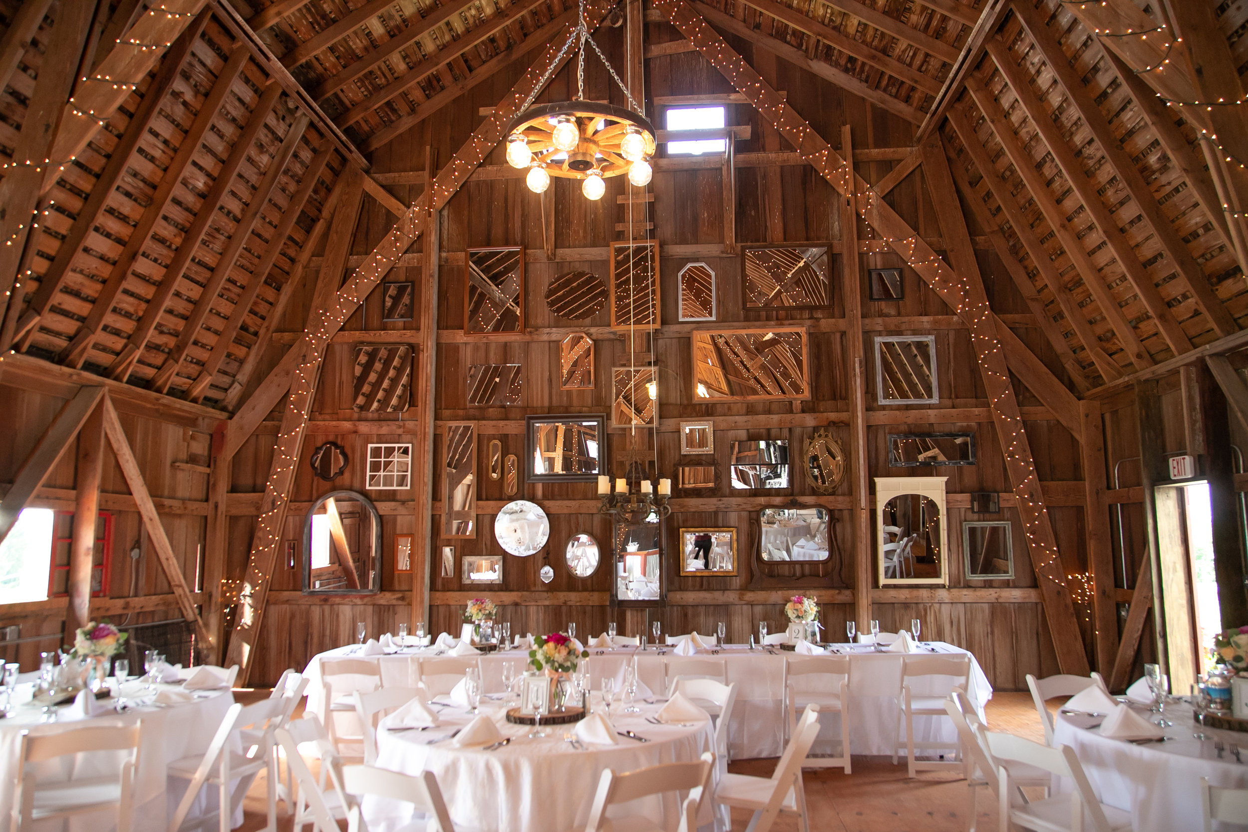 barn-wedding-reception.jpg