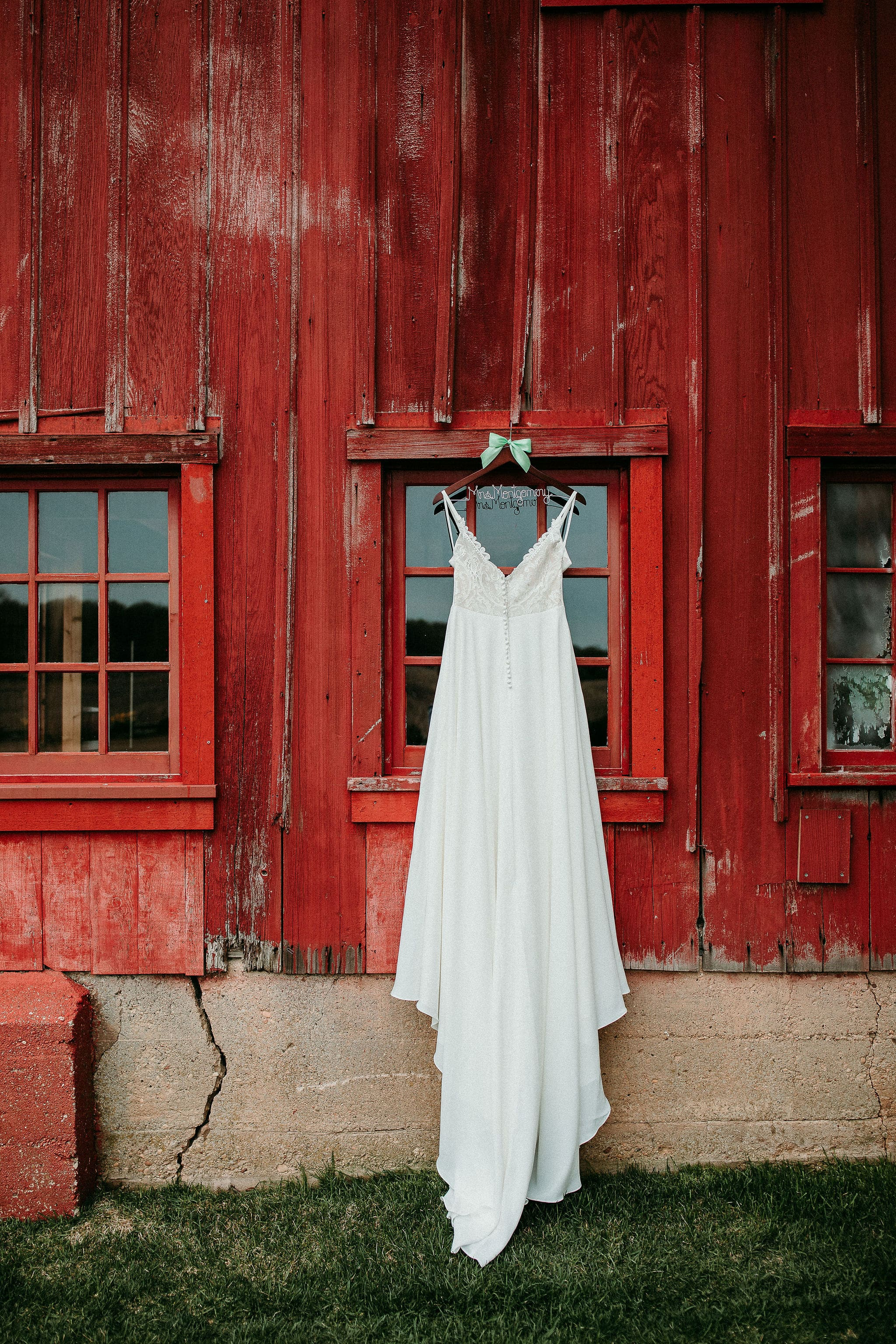 The Dress at The Barn