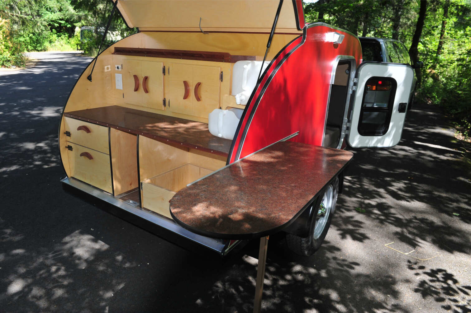 red-trailer-table.jpg