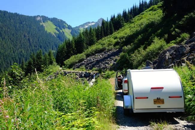 trailer-mtn-road.jpg