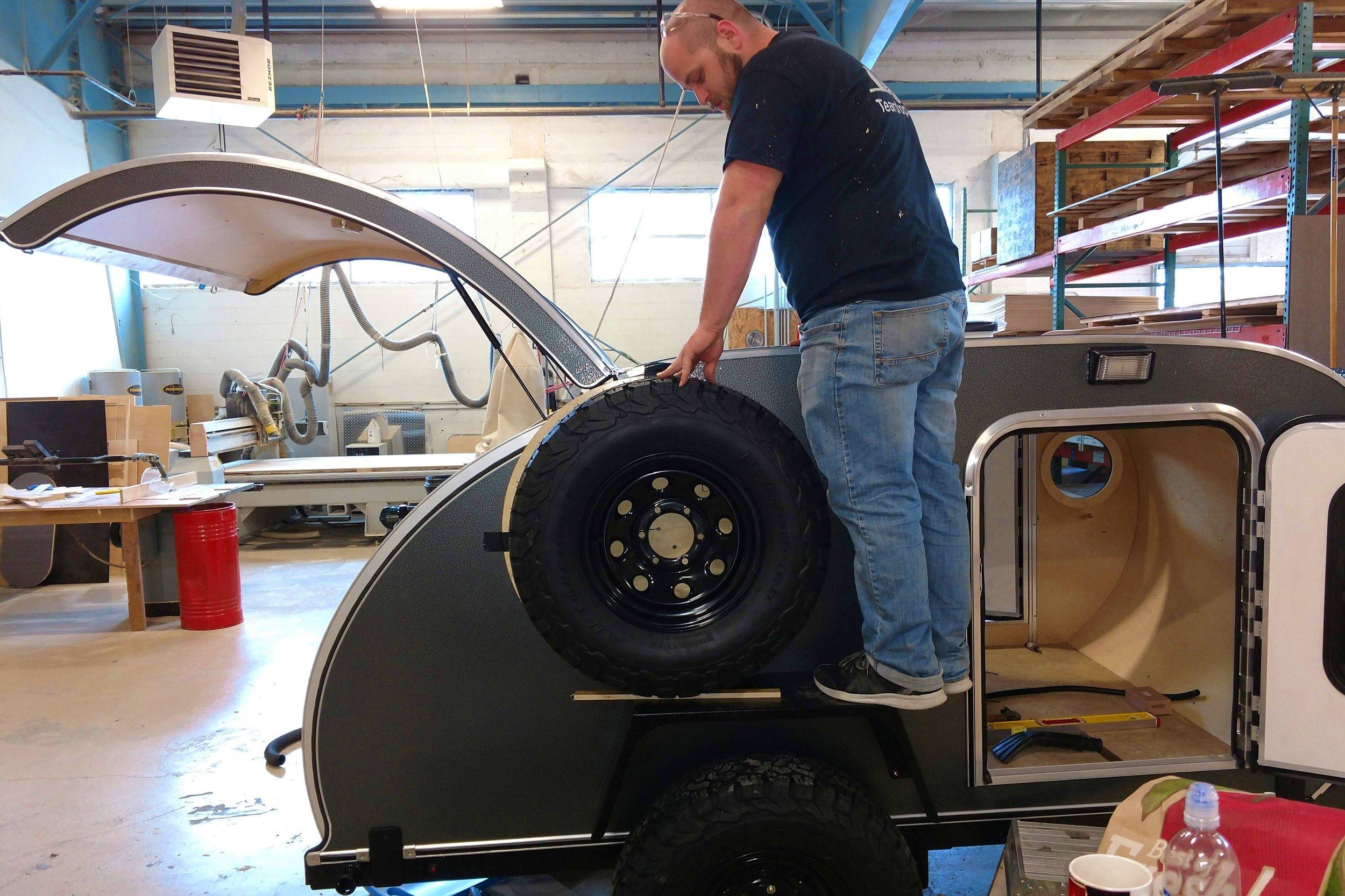 tire-install.jpg