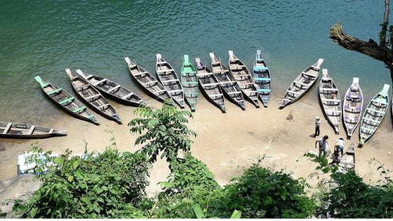 Umngot River is a piece of heaven amidst nature