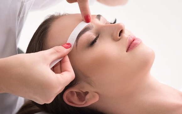Eyebrow Wax -