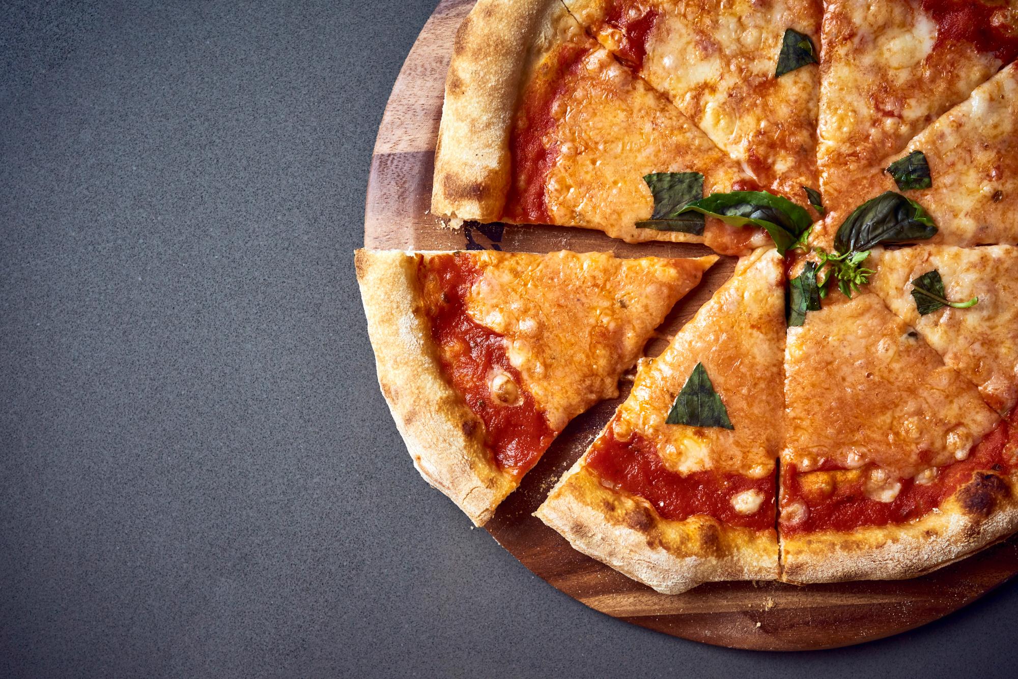 Nunos Pizza 07- Margherita.jpg